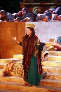 Nabucco-Chiara-Taigi-Abigaille-Fotografia-di-Enrico-Di-Giacomo-199x3001